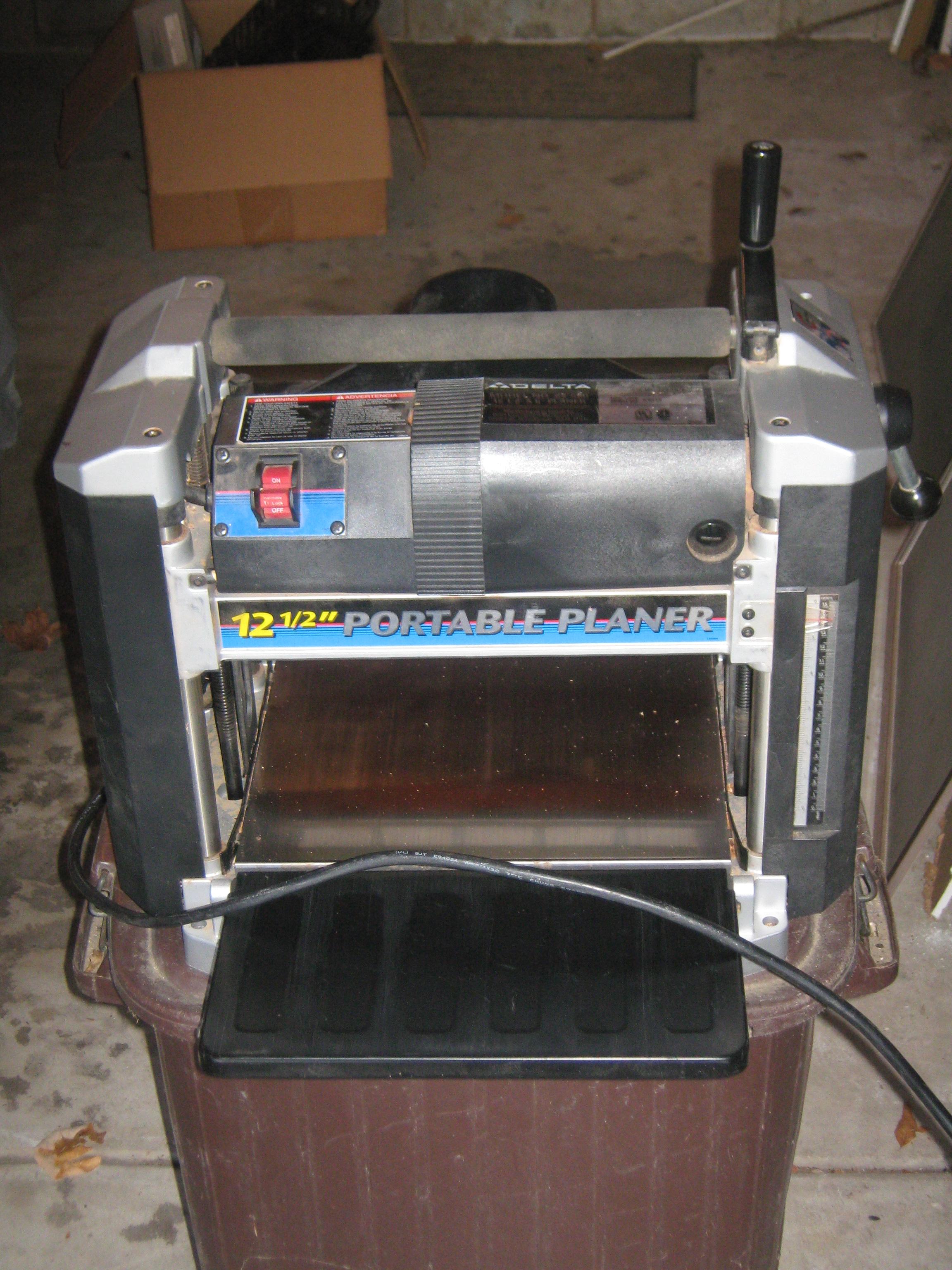 GMC LSR13DP 1/3HP LightSabre Benchtop Drill Press